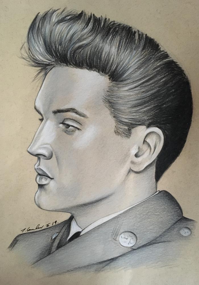 Elvis Presley by TraceyLawler